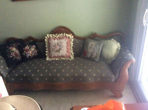 Several pieces of lovely quality antique furniture!