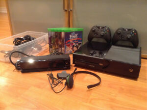 Xbox One with Gaming headset, Kinect, 2 controllers, and 6 games