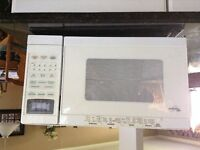 Whirlpool microwave great condition