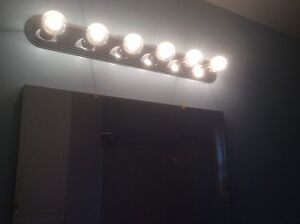 Bathroom lights and cabinets