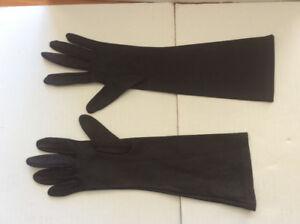 BLACK POLYESTER GLOVES | PERFECT FOR OUTFIT COSTUME