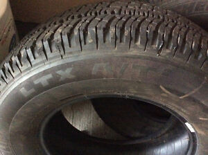 Like brand new Michelin tires 265/70R17