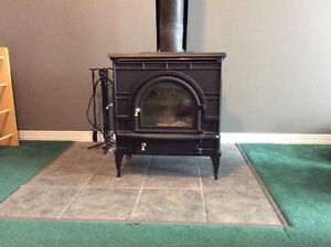 Dutchwest Model 2461 Woodstove