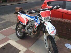 Honda crx 450x