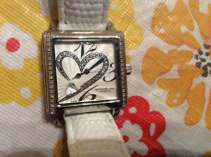 Stuhrling Swiss quartz heart Courtney watch new battery nice