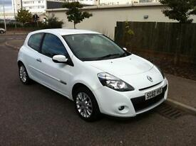 Renault Clio 1.5dCi ( 86bhp ) 2009MY Dynamique Tom Tom