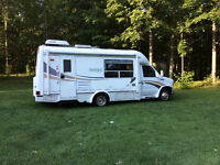 23 Foot Kodiak Class B+ Motorhome, Ford E350 - St. Thomas