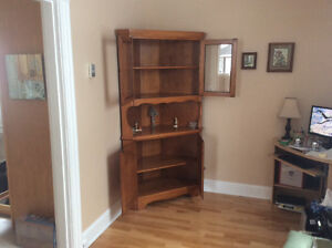 Roxton Maple Buffet Hutch in excellent condition.