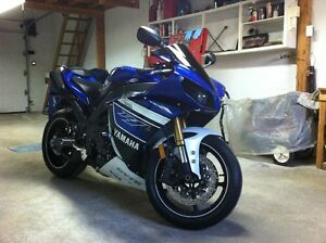 *A VENDRE* Yamaha YZF-R1 2013 *Showroom Condition* 3627 KM