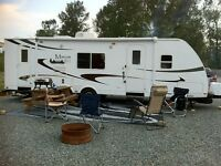 2011 TRAVEL TRAILER RENTAL RV FOR RENTAL 28FT