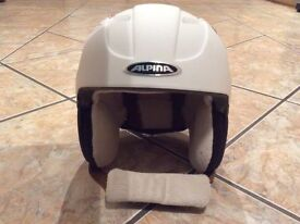 Excellent condition Girls Alpina Ski Helmet
