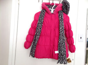 Brand new pink coat  with hat & scarf size 10/12.