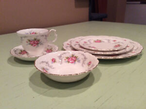 Royal Albert «Tranquility» - 12 couverts