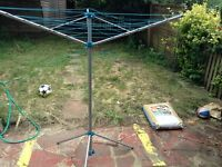 Laundry clothes airer dryer. 3 arm rotary