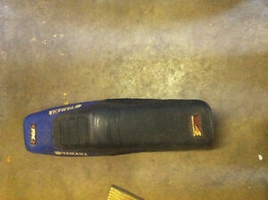 yzf250 seat with bumb need gone best offer