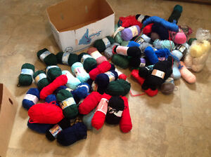 Knitting Wool for Hand Made Clothes Large Lot Of 80+ 2 Boxes $80 Kitchener / Waterloo Kitchener Area image 5