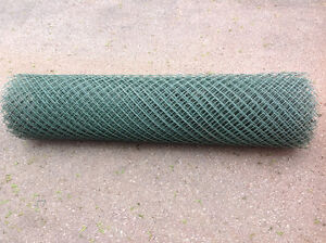 """SAFETY PLASTIC FENCING GREEN COLOUR 30 ft. 50""""H -great condition"""