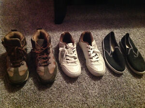 3 pairs of shoes for youth size 7