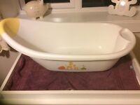 White baby bath