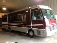 1992 Rockwood 30 ft motor home.