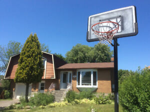 App. in a Single Family house 3BDR, 1 BTR, N sector, Brossard