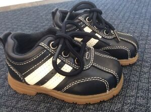 Baby Size 3 runners - Smart Fit