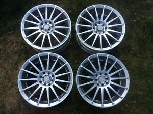 4x100 17inch Motegi Racing Rims absolute mint condition