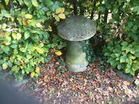 Staddle stone