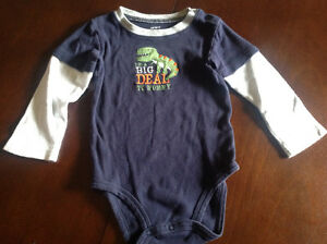 Carter's long sleeve size 24 months onesie
