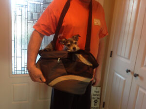 Dog/cat/small pet carrier