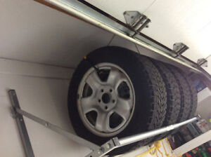 "Honda original Rims @Tires 16"" (Honda Accord -Winter tires)"