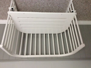 Babybay bed for newborn safety