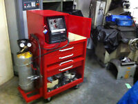 Lincoln Electric MIG Pak 10 Wire-Feeder Welder With Cart
