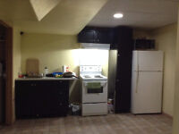 Vacant Large room at 77 Dalemore lane close to UofM, Superstore