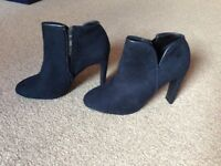 Navy blue ladies boots from Next size 6 never worn