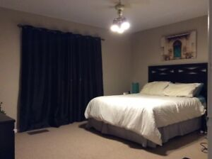 townhouse for rent in mcgillvery park ph 960-3884