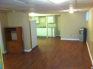 1 Bedroom Bachelor - Available May 1st - $800 utilities incl.