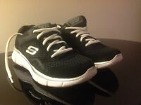 Size 3 Sketchers Trainers