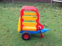 Rare toy horse/sheep trailer for ride on tractor