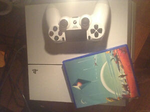 White Ps4 500 gig and one game (no man sky)