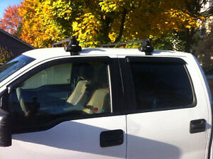 """Thule Traverse 480 58"""" Square Bar Roof Rack for 09-14 Ford F-150 London Ontario image 2"""