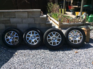 Mag Wheels with Pirelli P4 tires 225/60 R16.