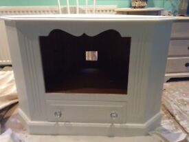 White fusion painted tv unit with drawer