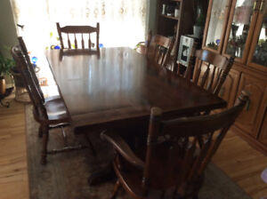 For Sale.  Pine Dining Set   Good Condition