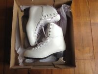Girls Ice Skates size 4 (uk 2) very good condition