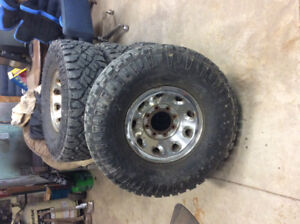 35 inch tires on 8 bolt rims