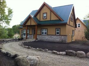 Luxury Cabin,2 Bedrooms, Accessible, Pool View (Hummingbird Inn)