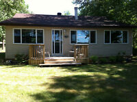 3 Bedroom cottage for sale on beautiful Calumet Island Quebec