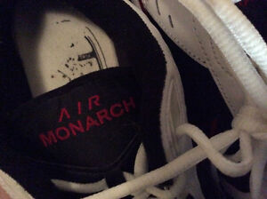 Air Monorch Nike Men over Cross Trainer
