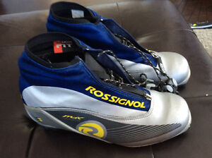 Rossignol cross country Max Classic ski boots. Size 9.5
